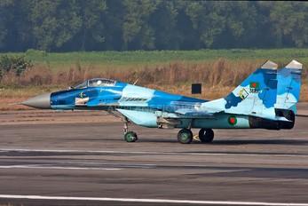 36100 - Bangladesh - Air Force Mikoyan-Gurevich MiG-29B