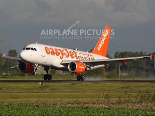 G-EZBB - easyJet Airbus A319