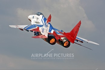 """05 - Russia - Air Force """"Strizhi"""" Mikoyan-Gurevich MiG-29"""