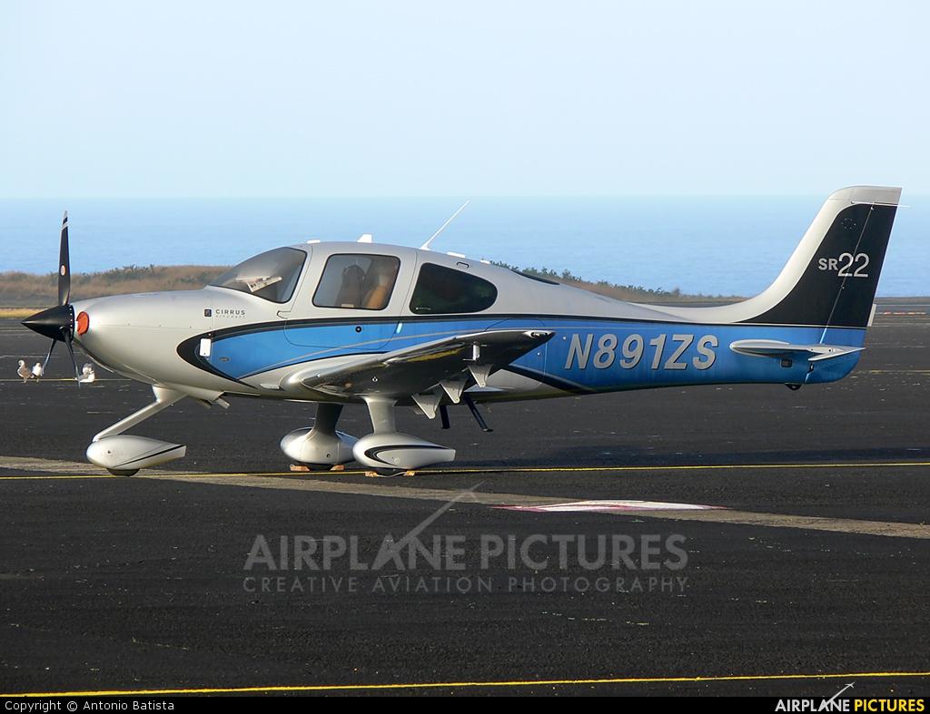 Private N891ZS aircraft at Azores - Santa Maria