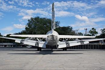FAS-301 - El Salvador - Air Force Douglas DC-6B