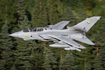 ZA472 - Royal Air Force Panavia Tornado GR.4 / 4A