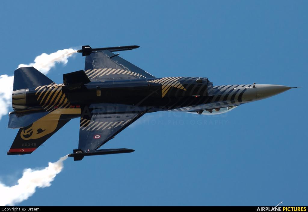 Turkey - Air Force 91-0011 aircraft at Ostrava Mošnov