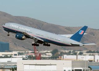 N796UA - United Airlines Boeing 777-200ER
