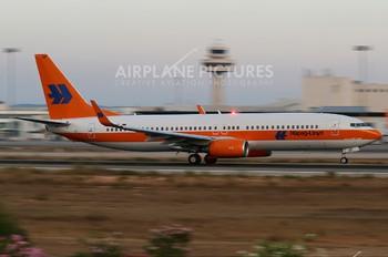 D-ATUF - Hapag-Lloyd Boeing 737-800
