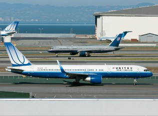 N512UA - United Airlines Boeing 757-200
