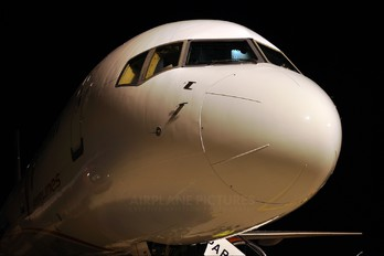 RA-73017 - Vim Airlines Boeing 757-200