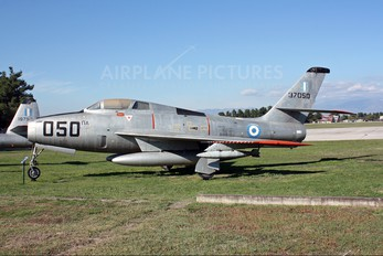 37050 - Greece - Hellenic Air Force Republic F-84F Thunderstreak