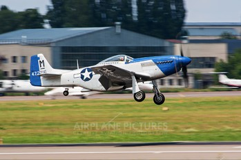 G-BIXL - Private North American P-51D Mustang