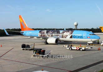 C-FRZG - Sunwing Airlines Boeing 737-800