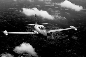 NX865SA - Private Canadair CT-133 Silver Star 3