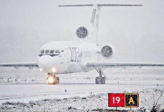 RA-42425 - UTair Yakovlev Yak-42