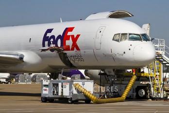 N994FD - FedEx Federal Express Boeing 757-200F