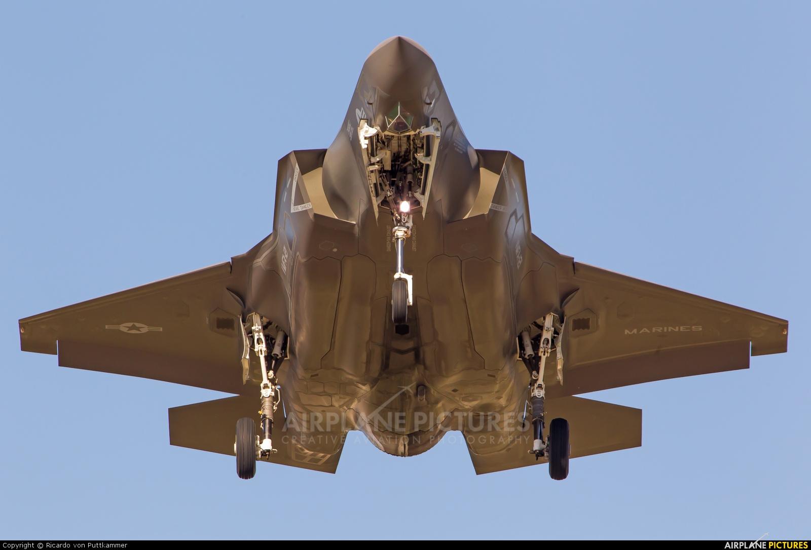 USA - Marine Corps 168726 aircraft at Yuma