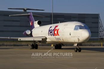 N257FE - FedEx Federal Express Boeing 727-200F