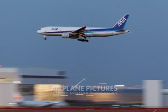 JA708A - ANA - All Nippon Airways Boeing 777-200ER