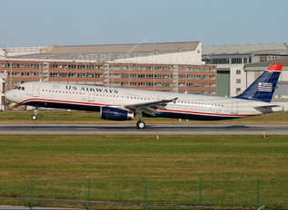 D-AVZE - US Airways Airbus A321