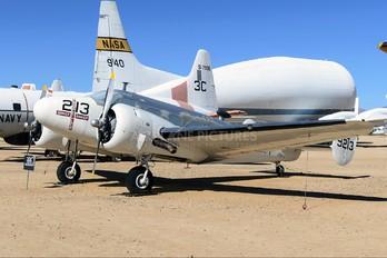 39213 - USA - Navy Beechcraft UC-45J Expeditor