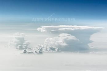 - - Emirates Airlines Boeing 777-300ER