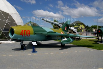 408 - Poland - Air Force PZL Lim-5