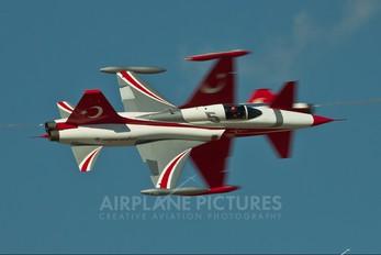3025 - Turkey - Air Force : Turkish Stars Canadair NF-5A