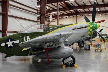 NL74920 - Private North American P-51D Mustang