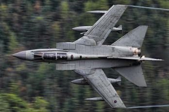 ZA551 - Royal Air Force Panavia Tornado GR.4 / 4A
