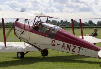 G-ANZT - Private Thruxton Jackaroo