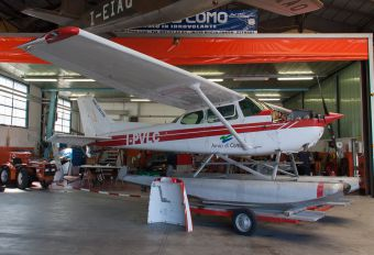 I-PVLC - Private Cessna 172 Skyhawk (all models except RG)