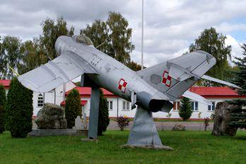 5058 - Poland - Air Force Mikoyan-Gurevich MiG-17PF