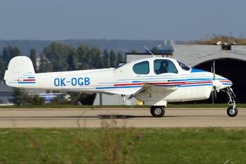 OK-OGB - Civil Aviation Authority LET L-200 Morava