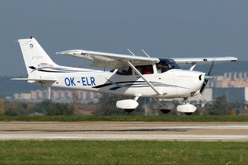 OK-ELR - Private Cessna 172 Skyhawk (all models except RG)