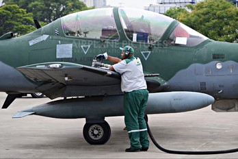 5932 - Brazil - Air Force Embraer EMB-314 Super Tucano A-29B