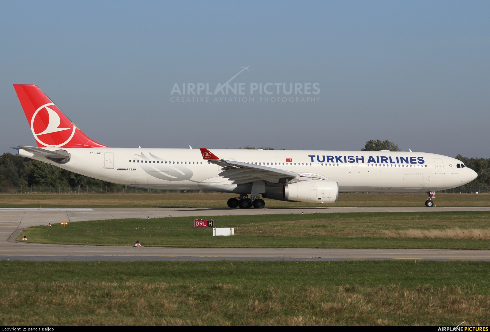 Turkish Airlines TC-JNK aircraft at Hannover - Langenhagen