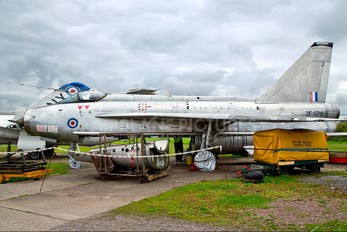 ZF579 - Private English Electric Lightning F.53