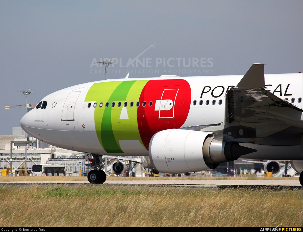 TAP Portugal CS-TOP aircraft at Lisbon