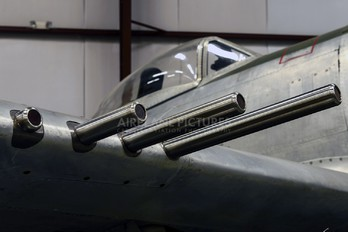 N27385 - Private Republic P-47D Thunderbolt