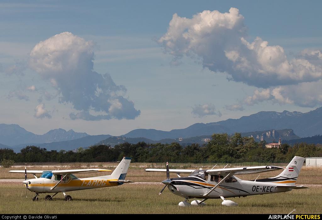 Private OE-KEC aircraft at Verona - Boscomantico