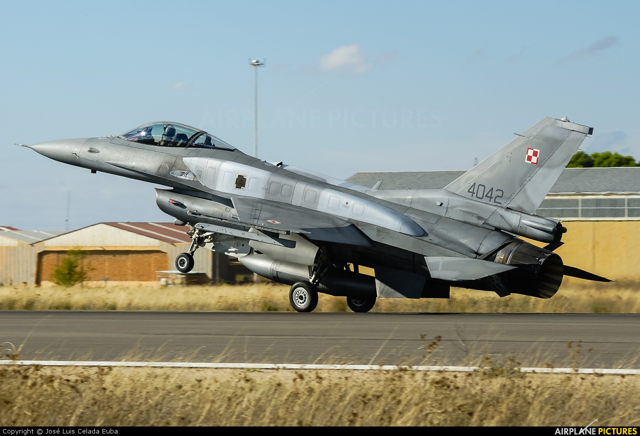 Poland - Air Force 4042 aircraft at Albacete