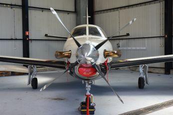 PH-UKK - Private Socata TBM 850