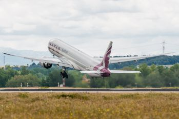 A7-BAG - Qatar Airways Boeing 777-300ER