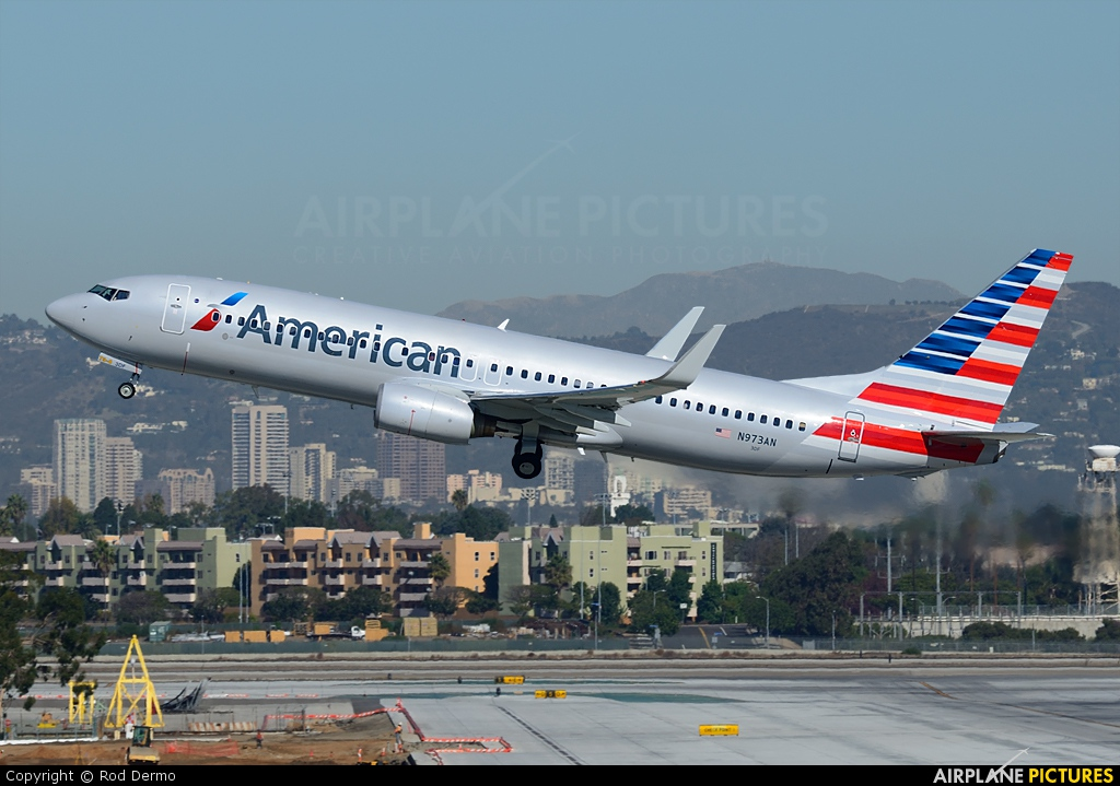 American Airlines N973AN aircraft at Los Angeles Intl