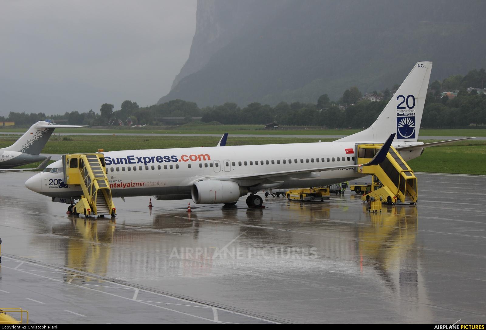 SunExpress TC-SNG aircraft at Innsbruck