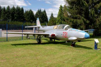 721 - Poland - Air Force PZL TS-11 Iskra