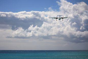 V2-LGC - LIAT de Havilland Canada DHC-8-300Q Dash 8