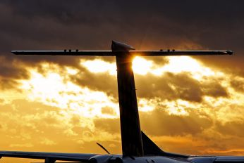 D-ADHS - Augsburg Airways - Lufthansa Regional de Havilland Canada DHC-8-400Q / Bombardier Q400