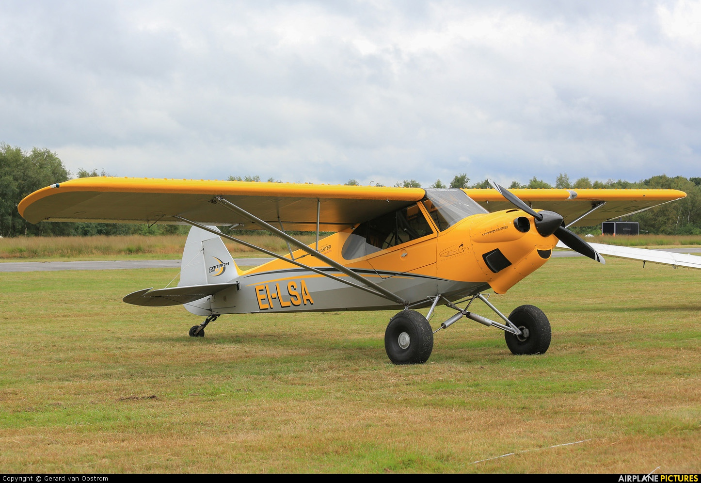 EI-LSA - Private Cub Crafters Carbon Cub SS at Leopoldsburg