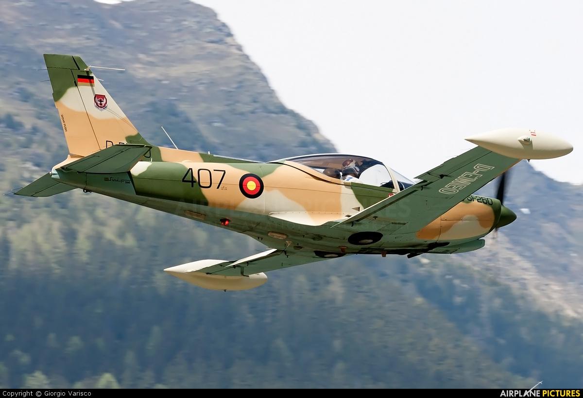 Private D-EMEO aircraft at Ambri