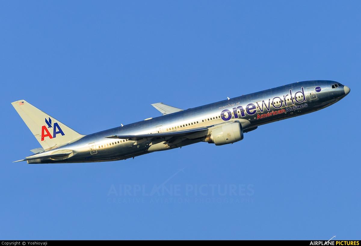 American Airlines N796AN aircraft at Tokyo - Haneda Intl