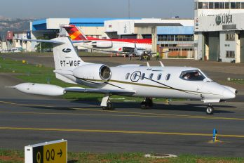 PT-WGF - Lider Taxi Aereo Learjet 35